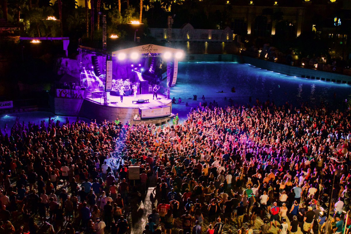 """Mandalay Bay Resort on Twitter: """".@311 told us 'don't stay home' tonight  and we're glad we didn't! Another amazing night at Mandalay Bay Beach!… """""""