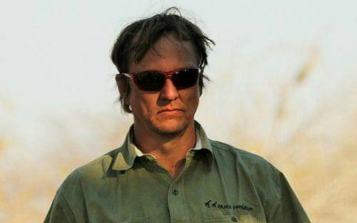 Horrible!! Anti-#poaching campaigner shot dead in #Tanzania:   http://www. telegraph.co.uk/news/2017/08/1 8/conservationist-campaigned-against-ivory-trade-shot-dead-tanzania/ &nbsp; … <br>http://pic.twitter.com/6qSREO3ivd