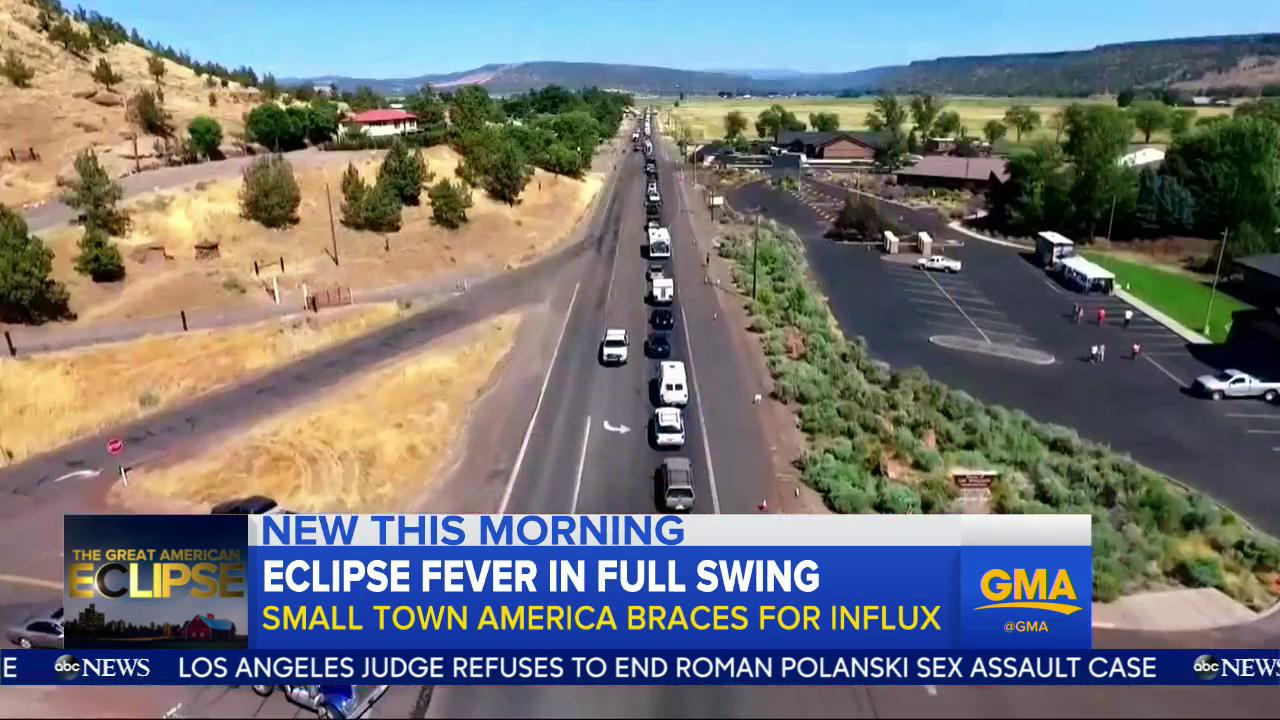 WATCH: Eclipse fever in full swing; small town America braces for influx: https://t.co/Rgt5xGP0ry @TVMarci https://t.co/p4XihE46Yz