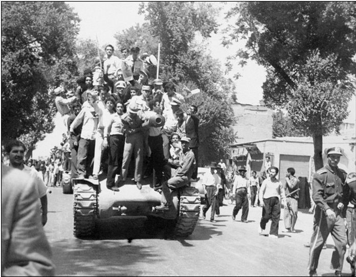 On #ThisDayinHistory 1953, A CIA backed coup overthrows the Iranian government.  https://t.co/5x1uxF3DYs