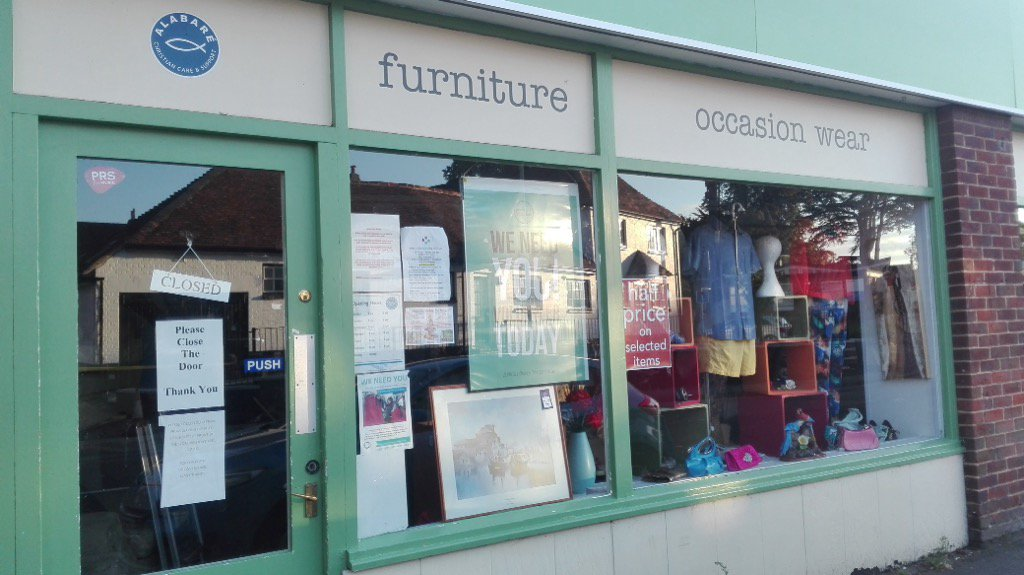 Having a #summerholidays tidy up? Please take your good quality donations to the @AlabareUK #amesbury #charity #shop <br>http://pic.twitter.com/I7DyL5MTjc