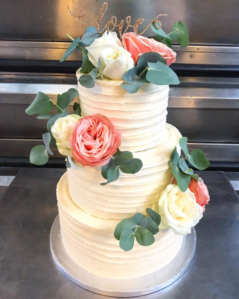 Red Velvet Wedding Cake.Se Cakery On Twitter Delivered This Morning Red Velvet