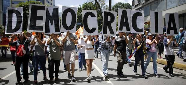 3/4 Reckless &amp; undemocratic move will only worsen deep political, economic &amp; security crisis in #Venezuela. Govt must act responsibly. <br>http://pic.twitter.com/eXGRzZcPGN