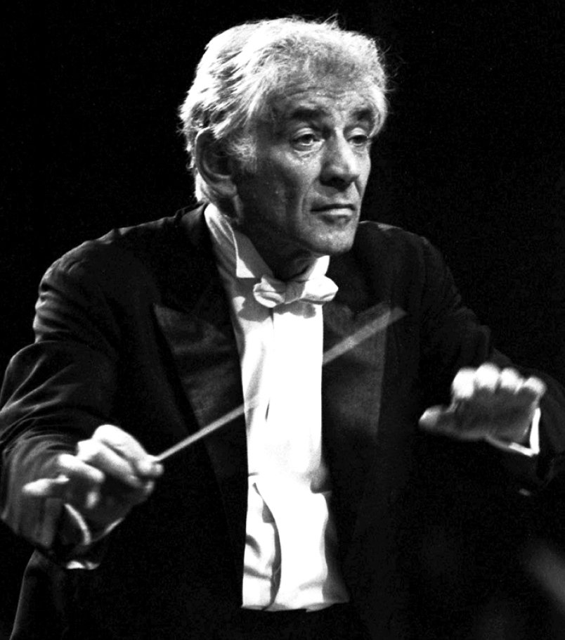 #Today in 1990 Last concert appearance before death of Leonard #Bernstein. #MusicHistory #classicalmusic<br>http://pic.twitter.com/k6Z0bvfKKN