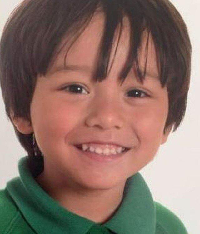 Hallan a Julian Cadman, el niño desaparecido tras el atentado en Las R...