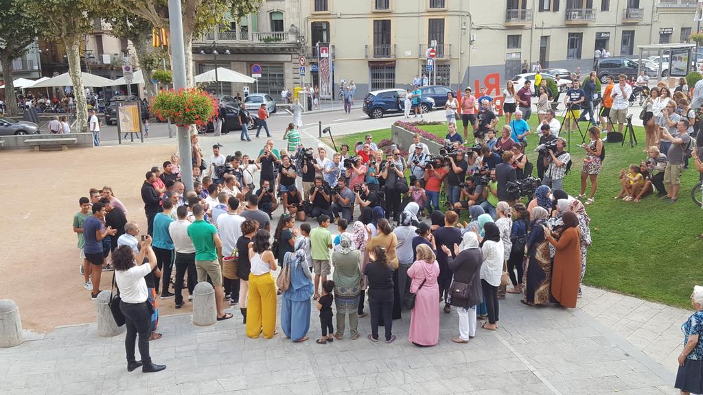 Ripoll town Moroccans commemorate Barcelona attack victims