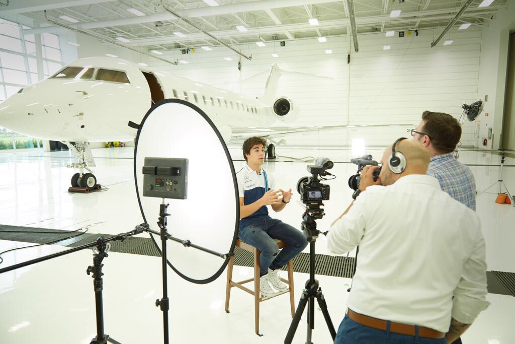 Lance visited #Bombardier for a photoshoot &amp; film interviews via @WilliamsRacing #bizjet  http://www. fliegerfaust.com/earlier-today- lance-visited-bombardierjets-for-a-photoshoot-to-film-some-interviews-stay-tuned-for-the-finished-product-patriziacast-https-t-co-jzw026h2pv-2474325616.html?utm_campaign=RebelMouse&amp;utm_medium=social&amp;utm_source=twitter&amp;utm_content=FliegerFaust &nbsp; … <br>http://pic.twitter.com/88TGj8bac6
