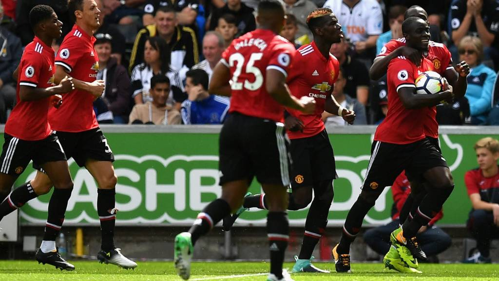 FT: #Swansea 0-4 #ManUnited. José #Mourinho&#39;s side stroll to an emphatic victory after an electric second-half display! #PremierLeague<br>http://pic.twitter.com/DAkS5EfZ16