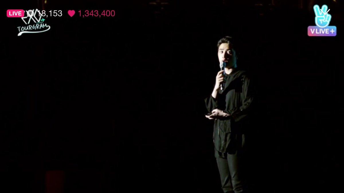 Even from afar you&#39;re just as beautiful as always. #kyungsoo #d.o #exo @weareoneEXO #EXO_TOURGRAM<br>http://pic.twitter.com/EvSBxg4Gyn