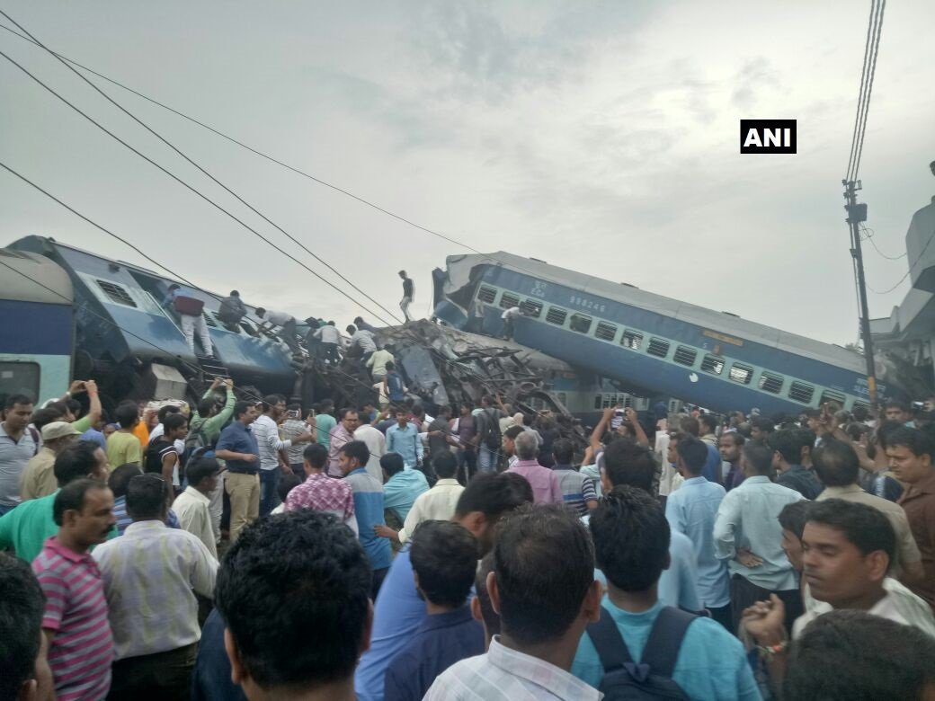 #Muzaffarnagar train derailment: Visuals from the spot. https://t.co/e...