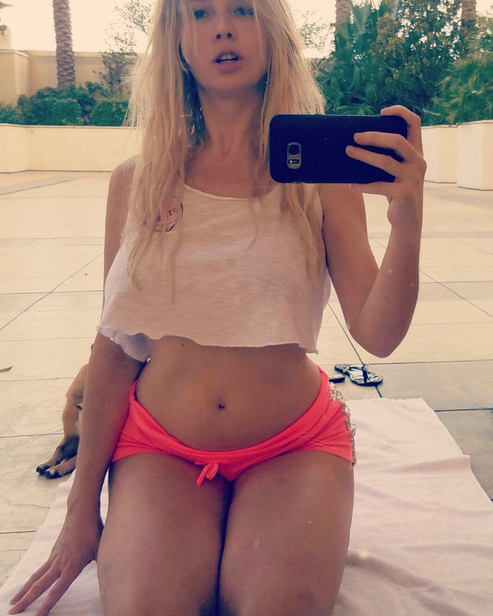 Twitter Nadeea Volianova naked (48 photo), Ass, Cleavage, Twitter, underwear 2006