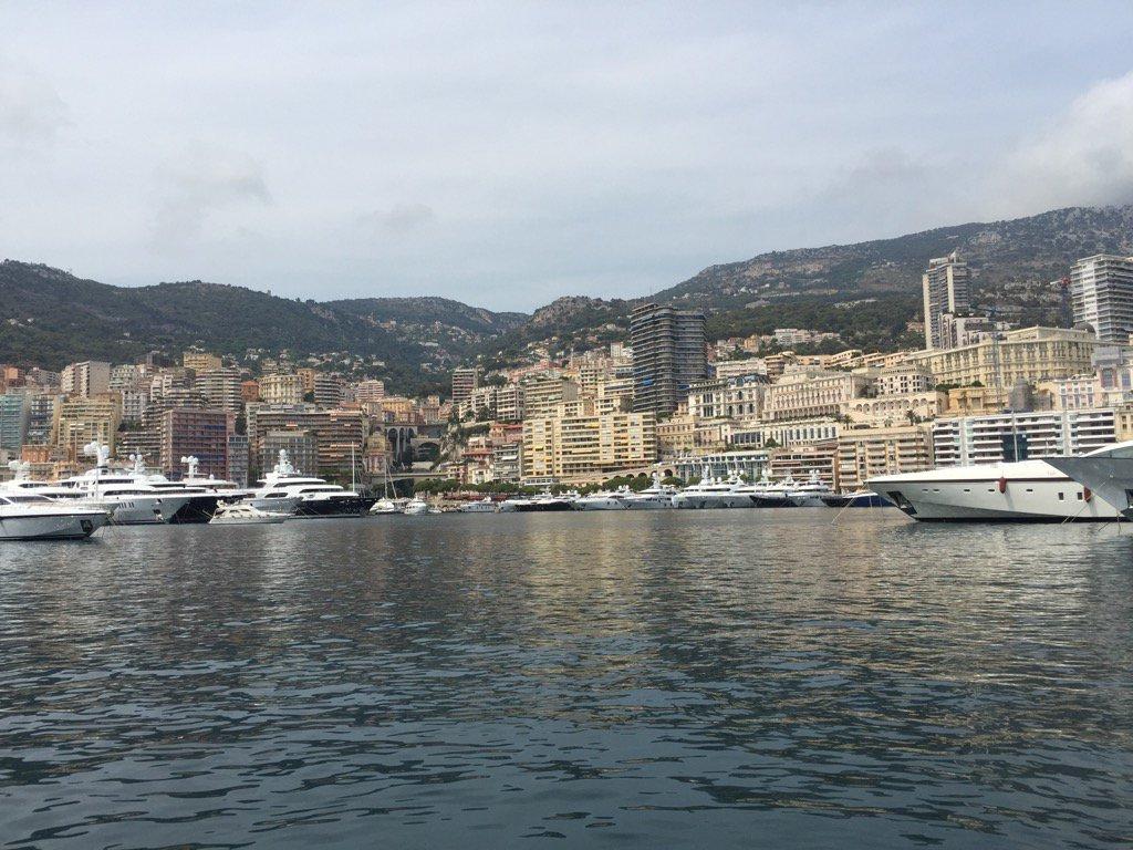 #Monaco is looking beautiful today! <br>http://pic.twitter.com/LqkKzUAyQG