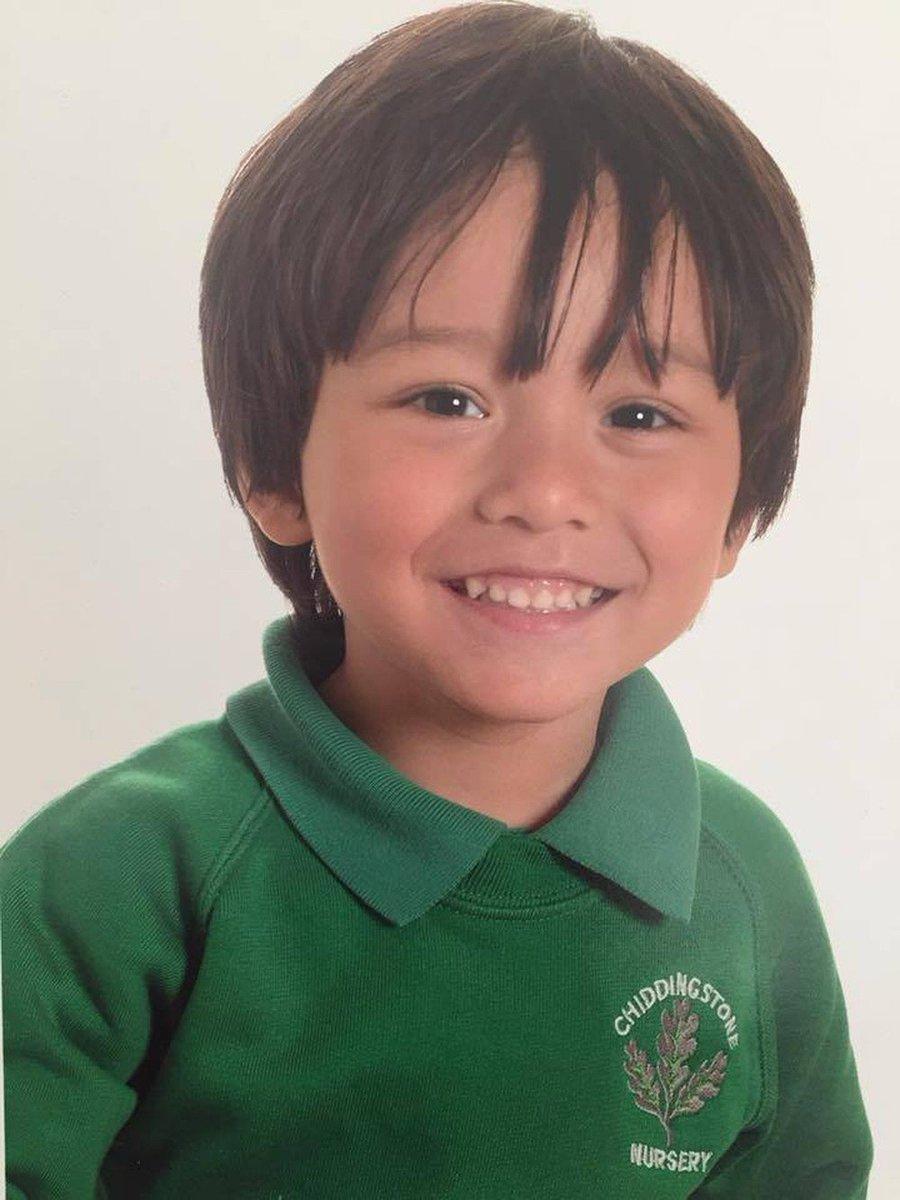 Menino de 7 anos dado como desaparecido após ataque em Barcelona está vivo em hospital https://t.co/CnEVvOsuUs #G1