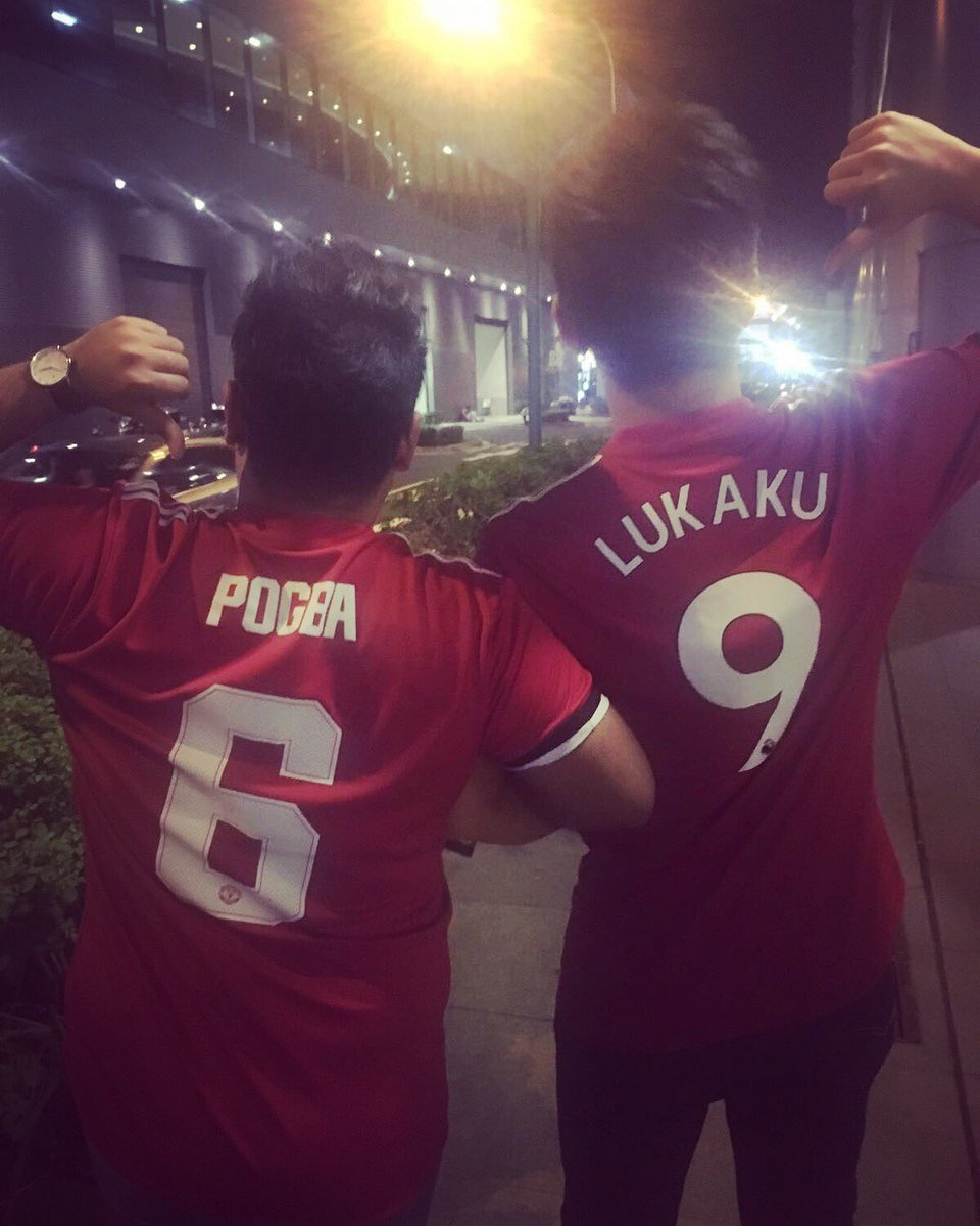 To many more awesome link-up plays and goals and just amazing football. 4  in 3 for @rlukaku9 and 2  in 2  for @paulpogba . #ManUnited <br>http://pic.twitter.com/3yo4rQcQQj