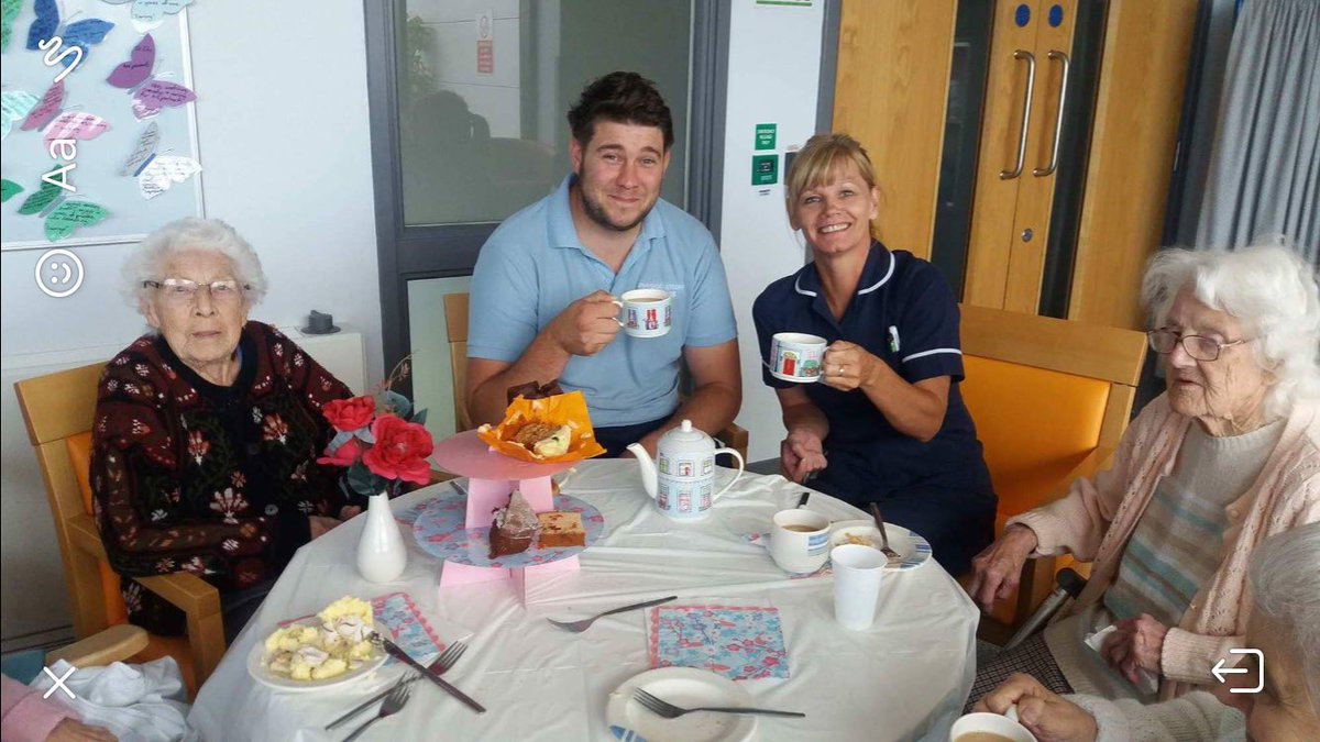 Rehab 2 Montagu Hospital Mexborough celebrating &quot;Afternoon Tea Week&quot; with the teapot &amp; mugs they won for their #end pj paralysis poster. <br>http://pic.twitter.com/k7ThTlUcnD