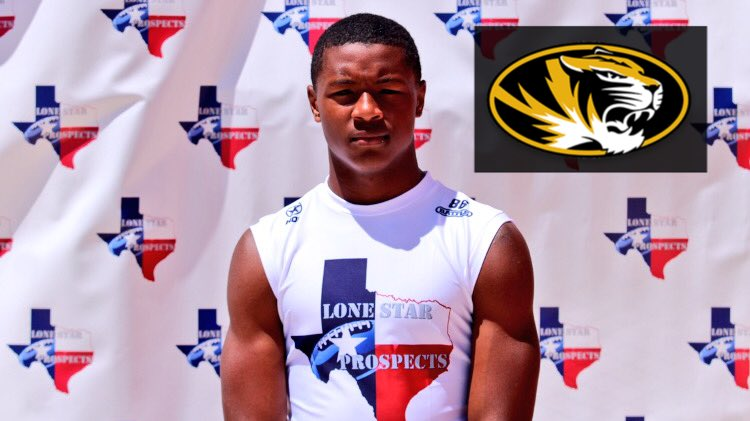 #Mizzou is the latest to offer 2019 RB Isaiah Spiller (Klein Collins HS) <br>http://pic.twitter.com/PkUvxbrGTI