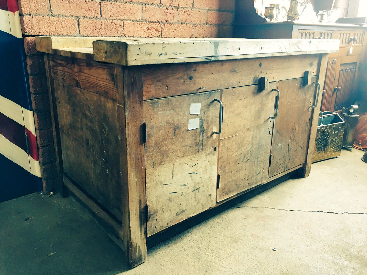 Gorgeous school workbench! Love getting new stock in!! £80! #sheffieldissuper #shop #diy #shed<br>http://pic.twitter.com/39WSrPgnnr