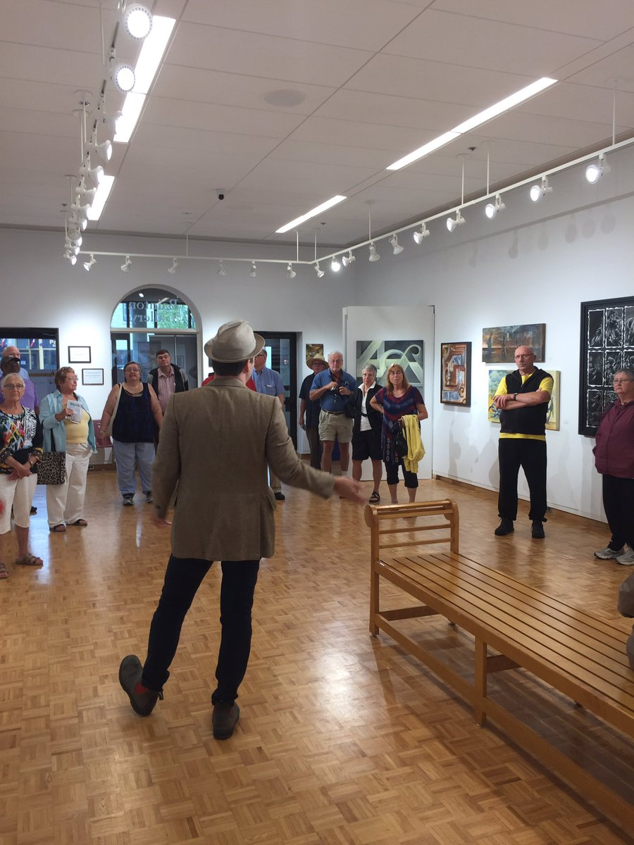 .@GilGarratt begins the backstage tour in the Bainton Gallery for our #Bonanza Weekend guests. <br>http://pic.twitter.com/aFsNcfqWWi