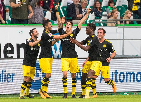 Winning start in #Bundesliga !!!!! @VfLWolfsburg_EN 0-3 @BVB !!!! #EchteLiebe  .... #BVB #Dortmund #VFLBVB ...<br>http://pic.twitter.com/NfE0XSXh5a