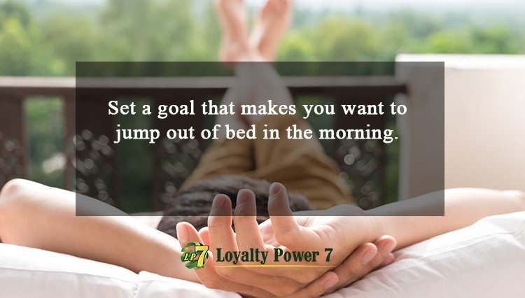 Set a goal that makes you want to jump out of bed in the morning. #motivation #merchant #member #joinus <br>http://pic.twitter.com/sCor196Uhu
