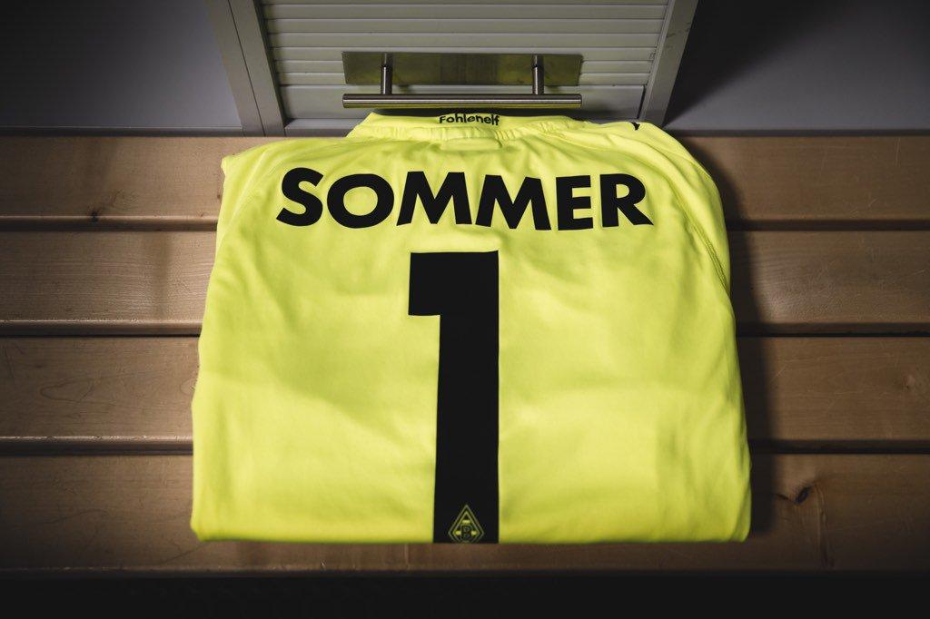 Ready!  #derbytime #ys1 #bundesliga #borussia <br>http://pic.twitter.com/Tbjcj3Q75c