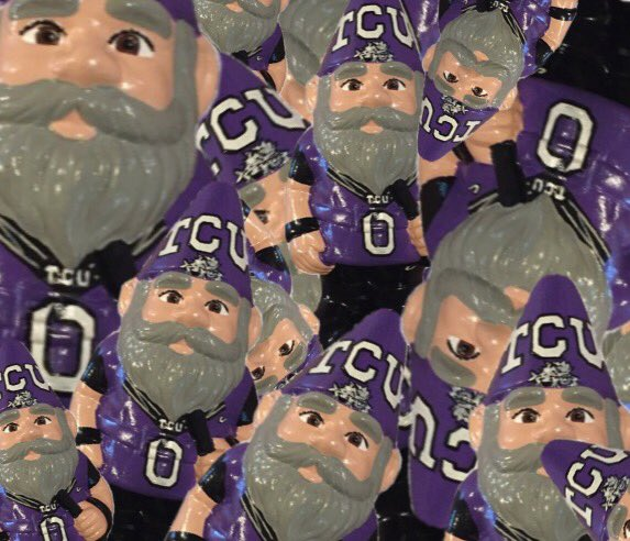 RT @TCUgnome: there are 14 days until TCU football here are 14 #gnomes...i think. https://t.co/Xr16EjhLoH