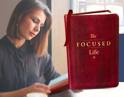 The Focused Life book @davidjeremiah. A beautiful way to read Psalms and Proverbs each day #faith #motherhood #yalit  http:// ow.ly/fVXW30ewVeE  &nbsp;  <br>http://pic.twitter.com/jhqnXqbLI4