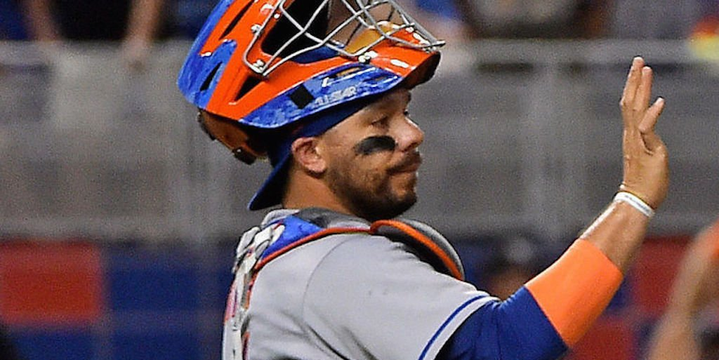 Cubs claim Rene Rivera off waivers from Mets. https://t.co/f1OiEI6u9K...