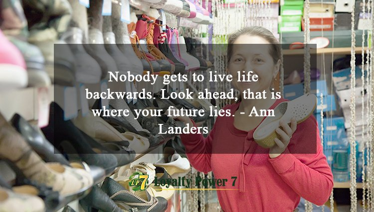Nobody gets to live life backwards. Look ahead, that is where your future lies. - Ann Landers #motivation #member #merchant #joinus <br>http://pic.twitter.com/hEBiWfZY1h