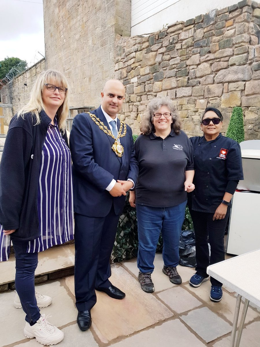 #end event bbq#pre diabetes workshop#Julie Holt#presenting certificates @PublicHealthAH #visit from the our mayor @Tina16646172<br>http://pic.twitter.com/S6eubFqGAZ