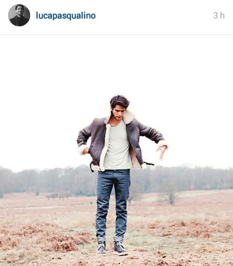 #INSTAGRAM - Young @LucaPasqualino in Richmond Park for a photoshoot (August, 19).<br>http://pic.twitter.com/fpMxt0PTDh