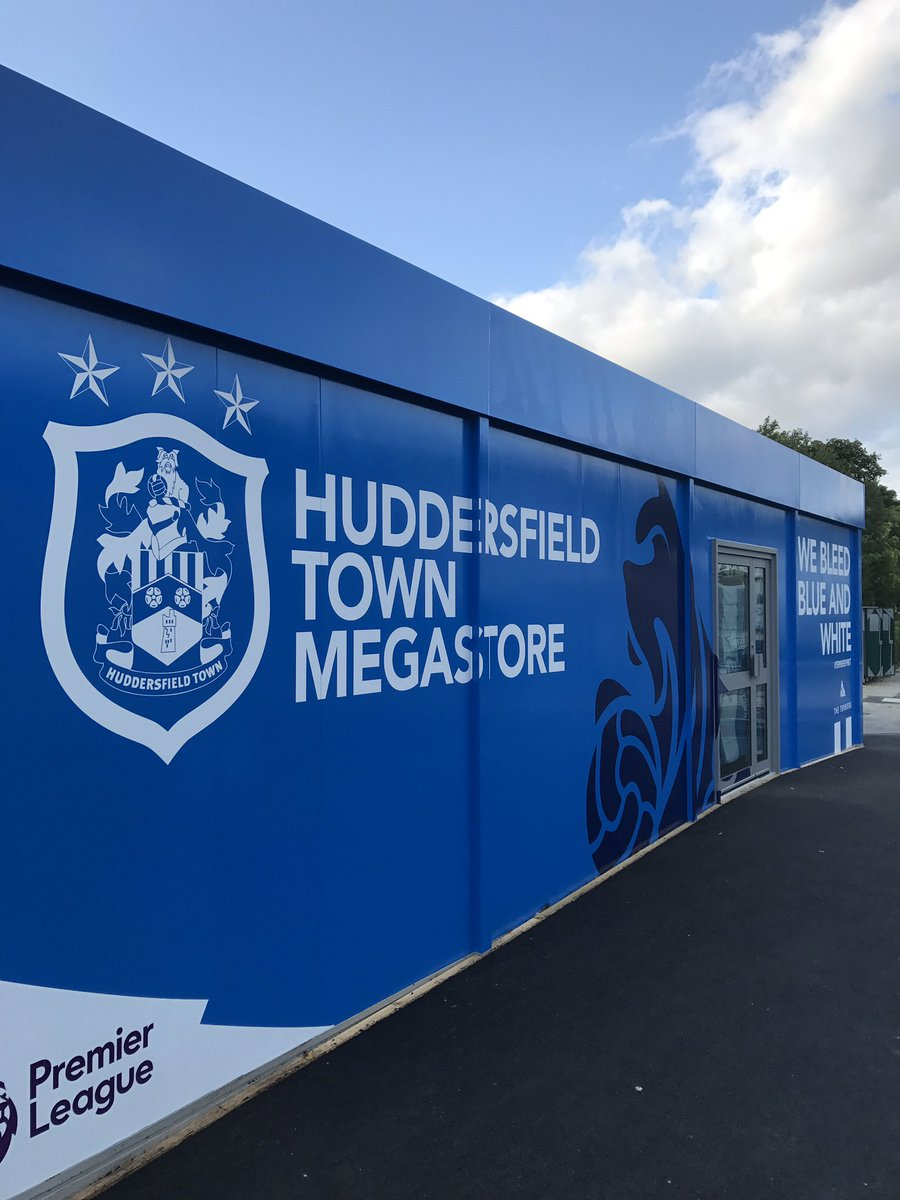 Both the Terrier&#39;s Stadium Store &amp; the Stadium Superstore will open at 9am tomorrow! #PremierLeague #htafc<br>http://pic.twitter.com/Esb8yQn5xt