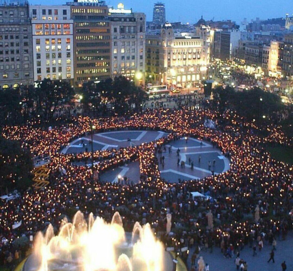 #IDWP I Declare World Peace #Barcelona https://t.co/RqDcCDcj6d