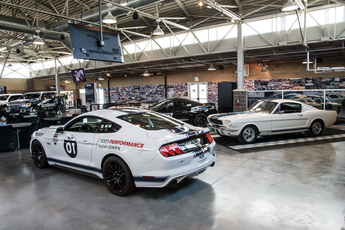 Ford Performance Racing School >> Ford Performance Racing School On Twitter Come See Our