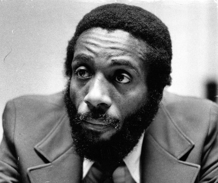"""The most difficult thing to get people to do is to accept the obvious."" — Dick Gregory #RIP https://t.co/DhaiyjhiRe"