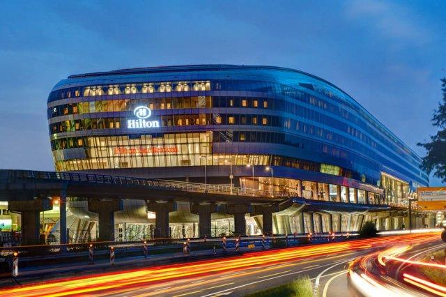 Quais são os melhores hotéis de aeroporto do mundo? Veja o ranking (com apenas um brasileiro) https://t.co/by4Kimhj7G