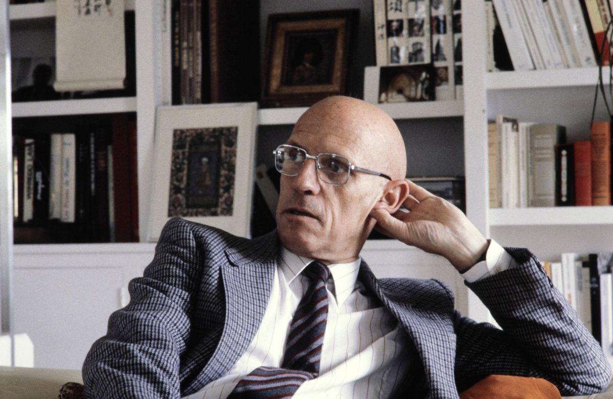 foucault in contemporary theories She is the author and editor of books and articles on the history and theory of european art, performance and visual culture from the early modern period to the present.