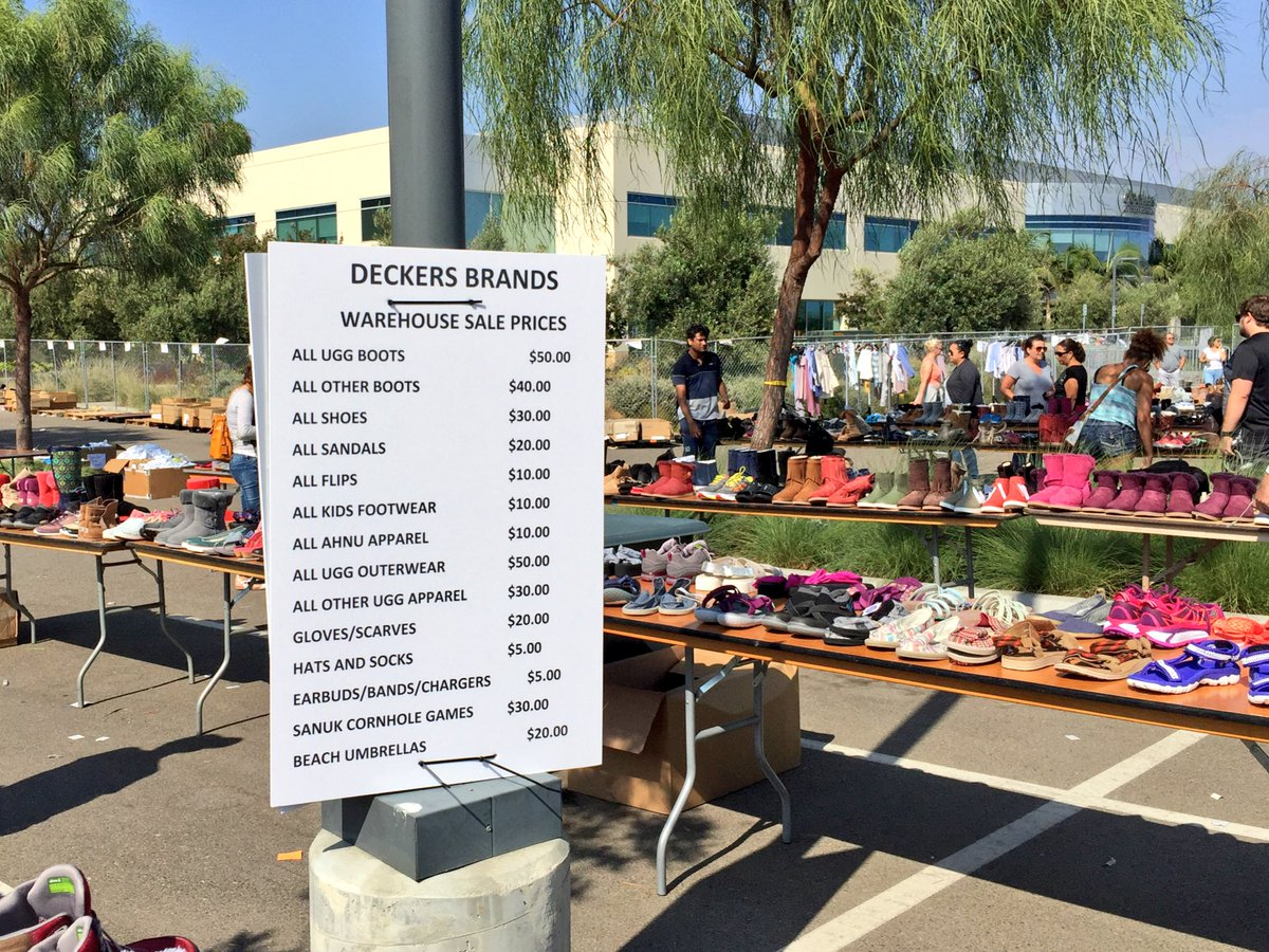 84f28761d  Deckers wherehouse sale prices in Goleta...lots of women s size 7 left.  Furniture here too! pic.twitter.com BhD6J9ULqO