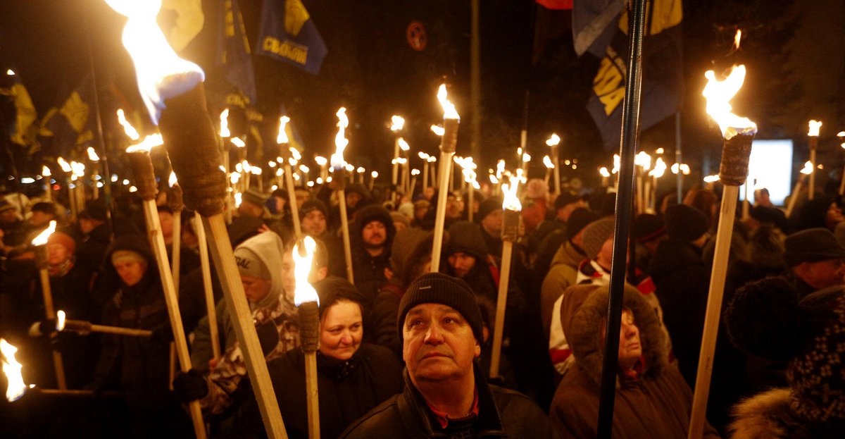 #ExtremeRight,#NeoFascist #Extremistes Condemned #InCharlottesville $Funded,#Armé In #Україна,#Syrie #ByUSA&amp; #Kanada  http:// tinyurl.com/ybhbxfts  &nbsp;  <br>http://pic.twitter.com/xTeNGqoDyI