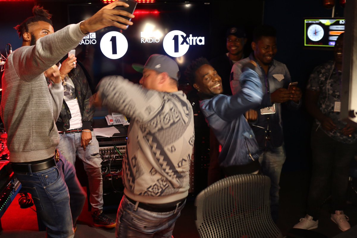 Safe to say that @CharlieSloth's birthday celebrations went OFF on The Rap Show 🎉  big up @Cbiz_ER, the £R crew and @TE_dness 🔥🔥🔥
