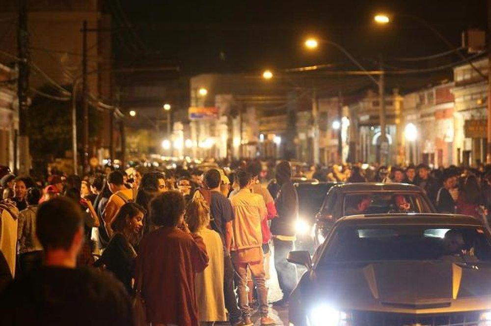 Redução no horário dos bares de bairro boêmio de Porto Alegre gera discussão https://t.co/ghHIA869cz