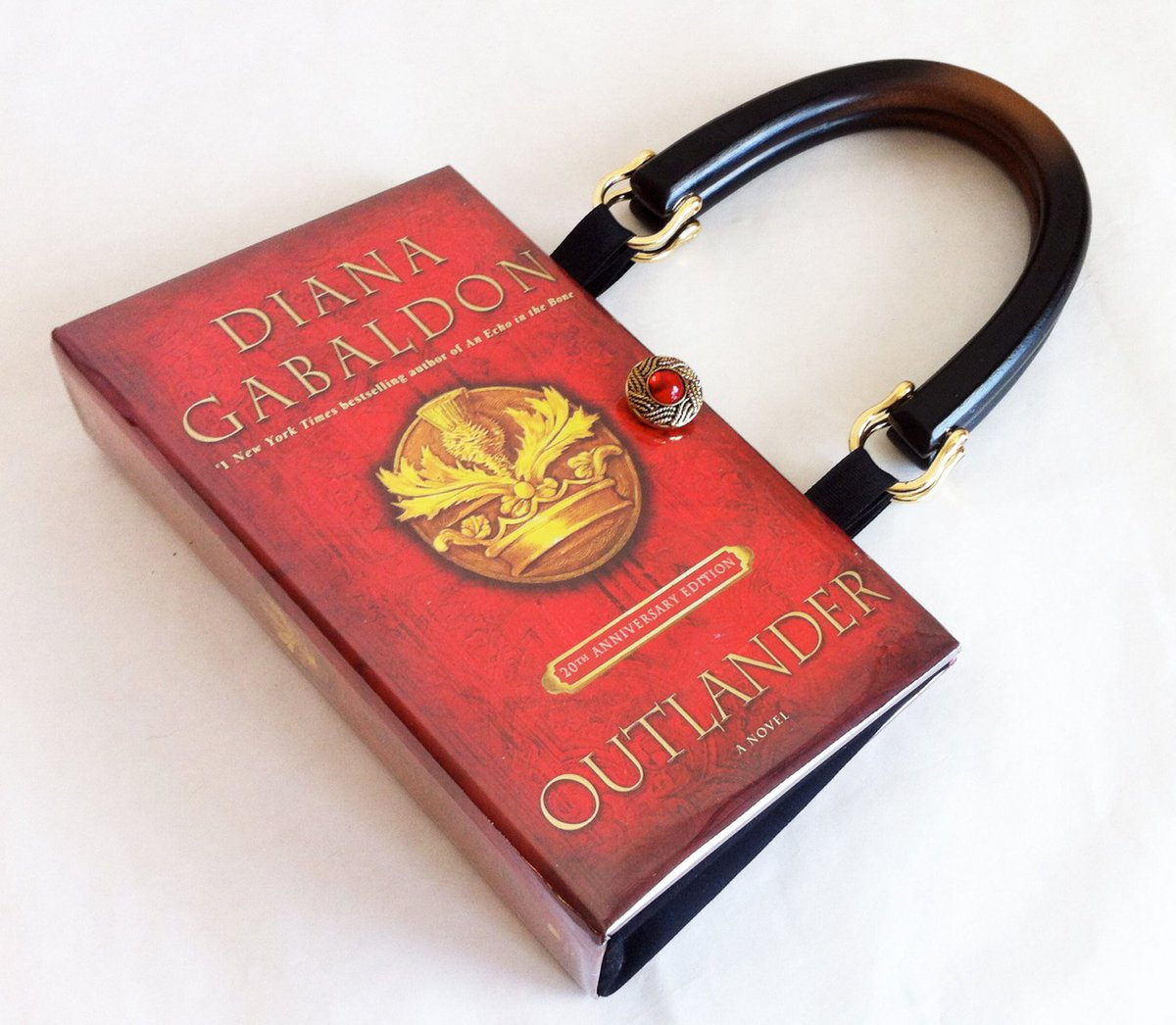 Outlander Recycled Book Purse - Outlander Book Clutch - Outlander Boo…  http:// tuppu.net/f1a95fc5  &nbsp;   #EpiconEtsy #Scotland <br>http://pic.twitter.com/TulX8EvzuF