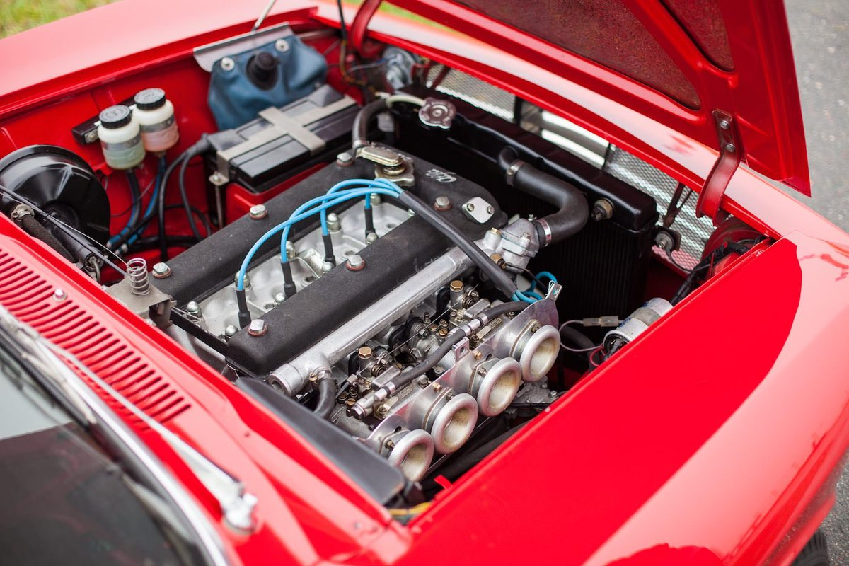 Today on  http:// Silodrome.com  &nbsp;   - A Bespoke Alfa Romeo Sprint GT Veloce  @AlfaRomeoUSA #alfa #alfaromeo #italian #car #classiccar <br>http://pic.twitter.com/T3oxAH7naG