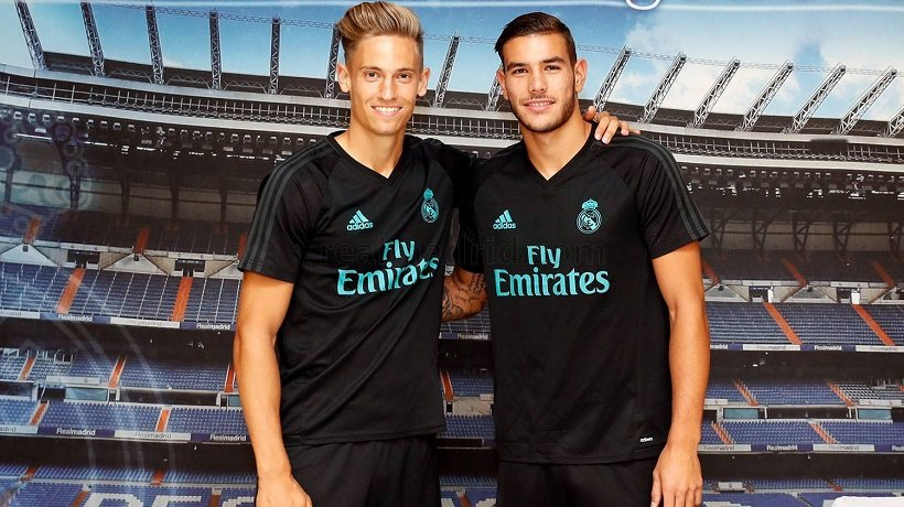 ¿Cuánto mide Theo Hernández? - Real height DHq-XozUQAAOBMl