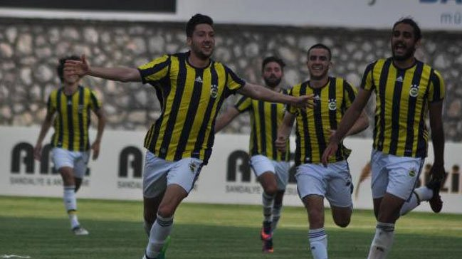 #Arsenal, #Tottenham and #ManCity are all keen to sign 18-year-old #Fenerbahce midfielder Oguz Kagan.  #AFC #THFC #MCFC<br>http://pic.twitter.com/8GB29fFxzG