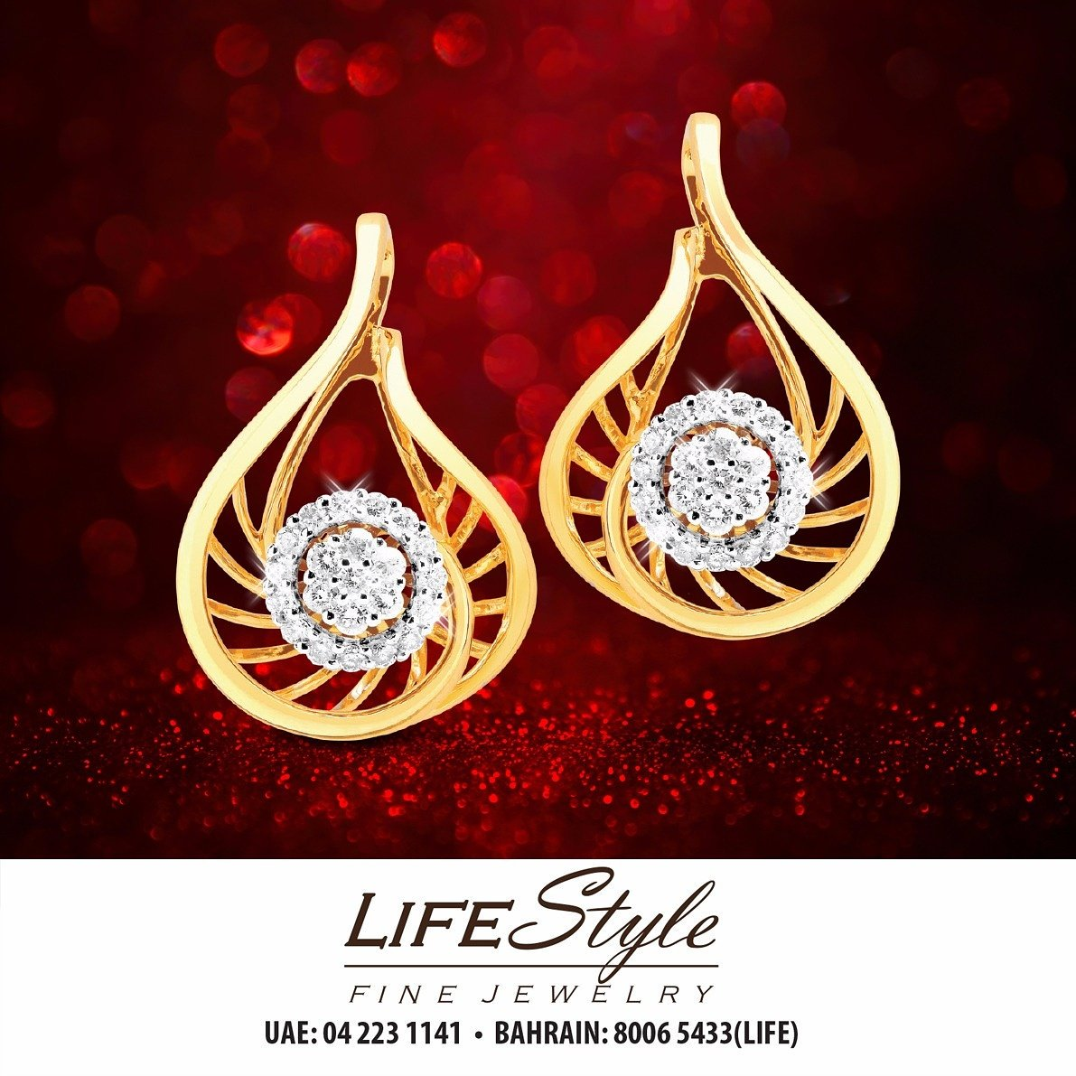 A Classic at first glance! #Diamond #Earrings for  Aed2,495 from #LifestyleFineJewelry outlets  #accessories #style #dxb #jewelry #classic<br>http://pic.twitter.com/8iwQJdPgZM