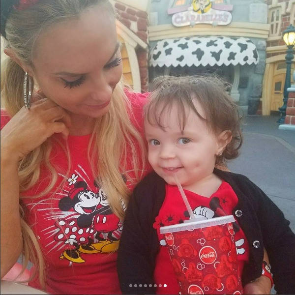 Coco took baby Chanel to Disneyland for the first time and it's a cuteness overload: https://t.co/1SdWUhhH3w