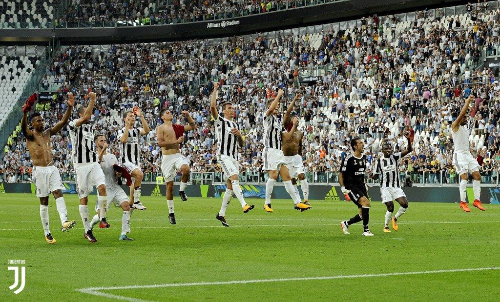 Riviviamo la prima vittoria all'Allianz Stadium con le più belle 📸📸📸 di #JuveCagliari ⚪️⚫️ GALLERY 👉 https://t.co/QTvqd03TJS   #FinoAllaFine
