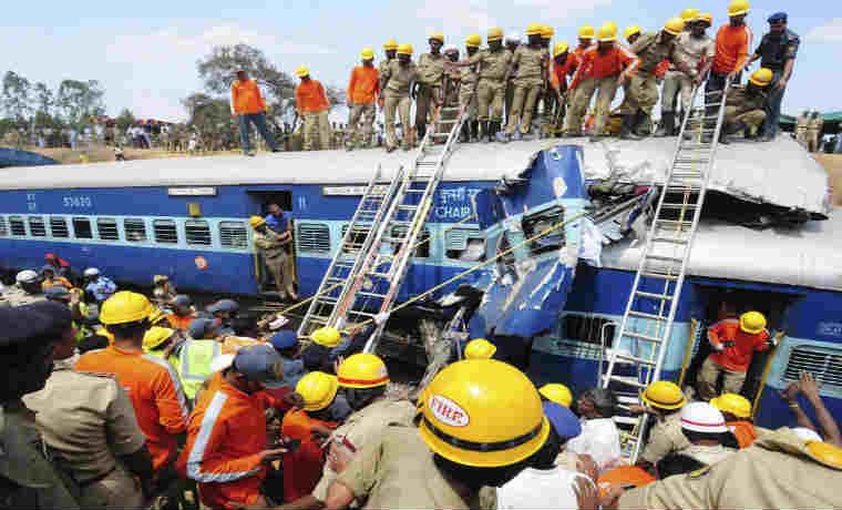 Accidente de tren en la #India dejó 20 muertos y 123 heridos https://t.co/2DuvV7adab