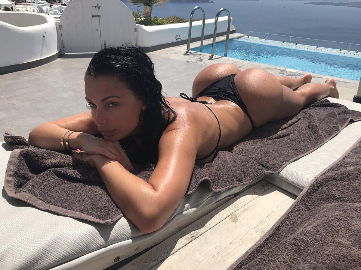 Aletta Ocean-pornstar  - ☀️ twitter @ALETTAOCEANXXXX